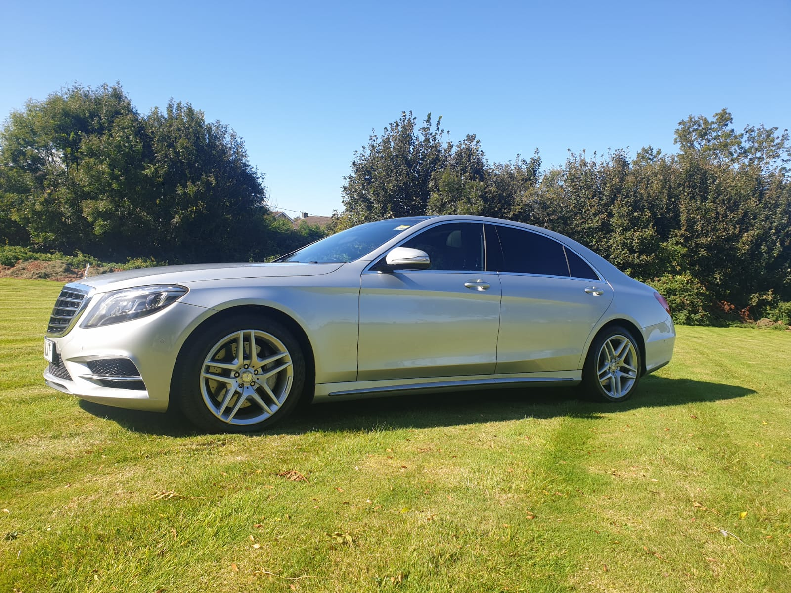 Image of a luxury car to chauffeur up to 3 people. Luxury executive travel in the UK